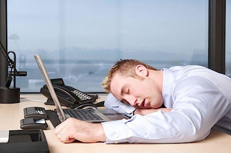 Cinco comportamentos que prejudicam sua carreira a longo prazo | BIT Cursos