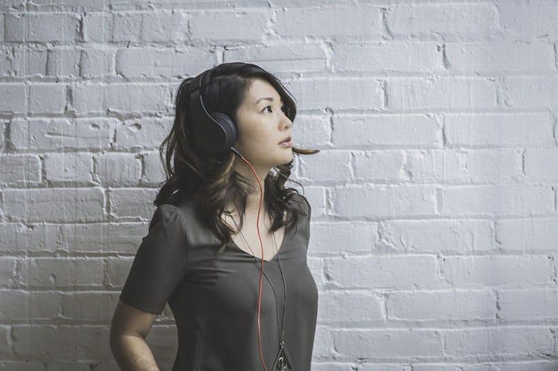 Pratique seu inglês ouvindo música | BIT Cursos