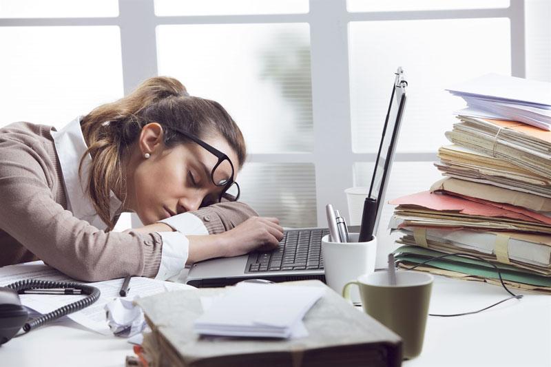 As atitudes que atrapalham seu crescimento profissional | BIT Cursos