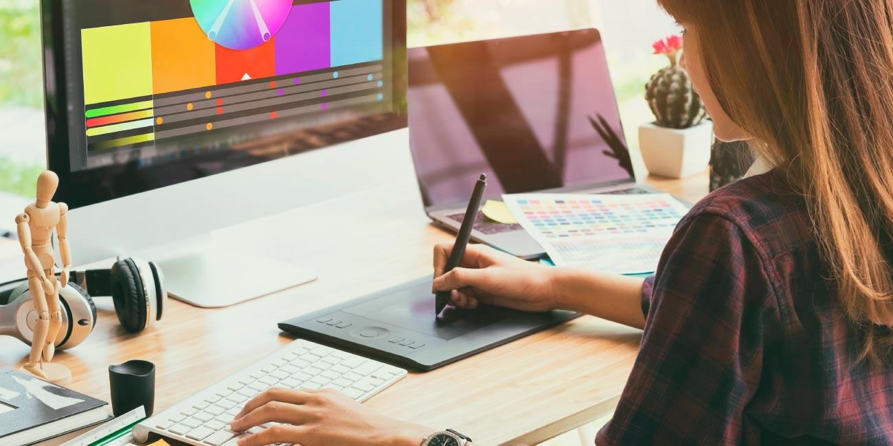 Perfil criativo? O Design Gráfico pode ser a área de trabalho ideal para você!